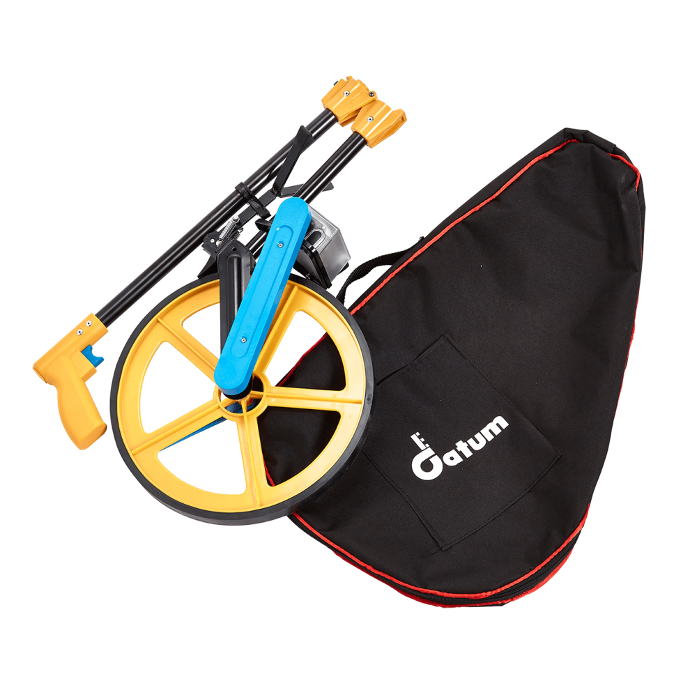 Datum DRW1 Measuring Wheel features a folding aluminium handle as well as a carrying bag, which both make for easy storage.
